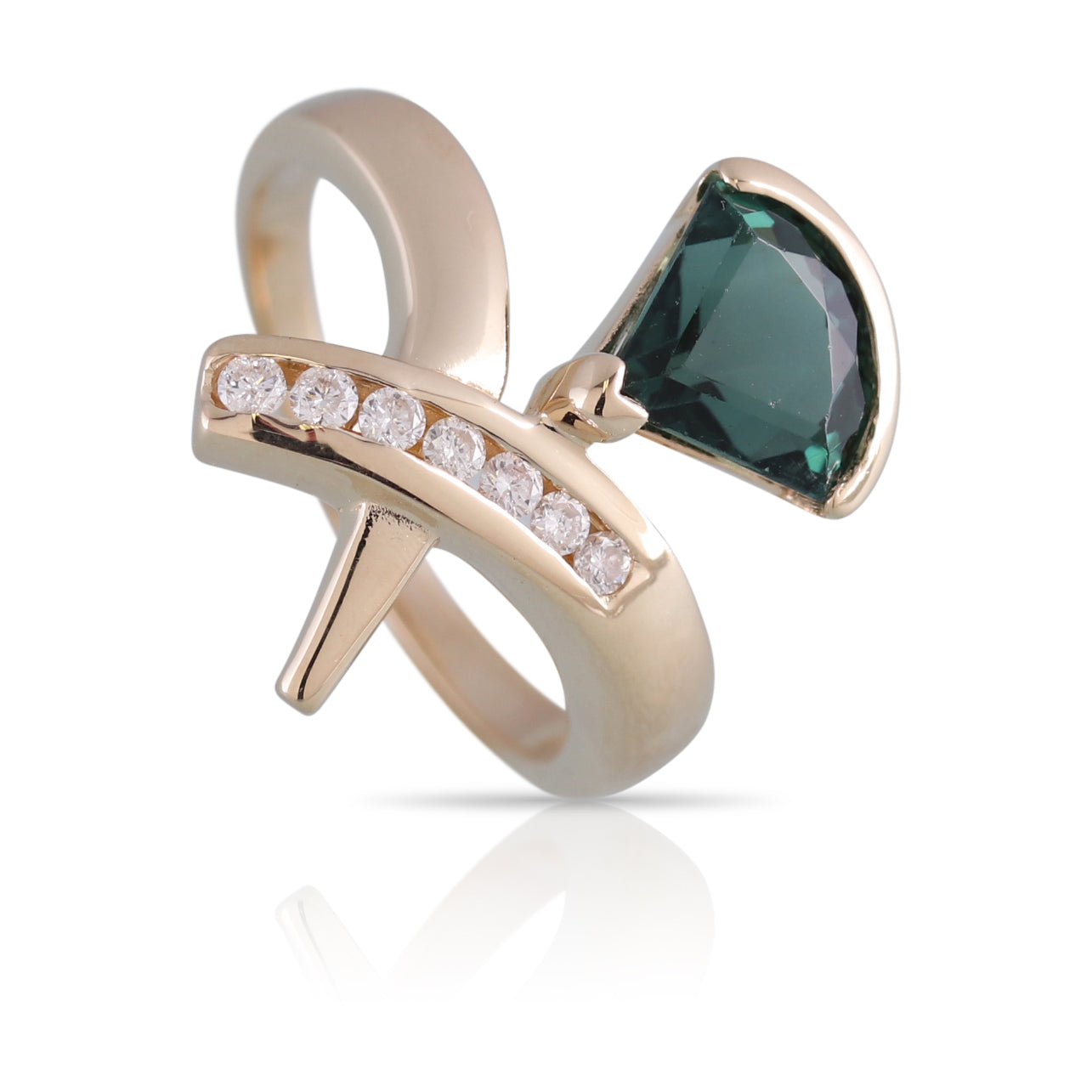 Green Tourmaline and Diamond Ring | The Beau