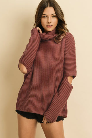 CUTOUT SLEEVE TURTLENECK SWEATER