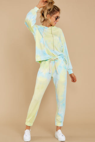 HANG AROUND LIME TIE DYE LOUNGE SET