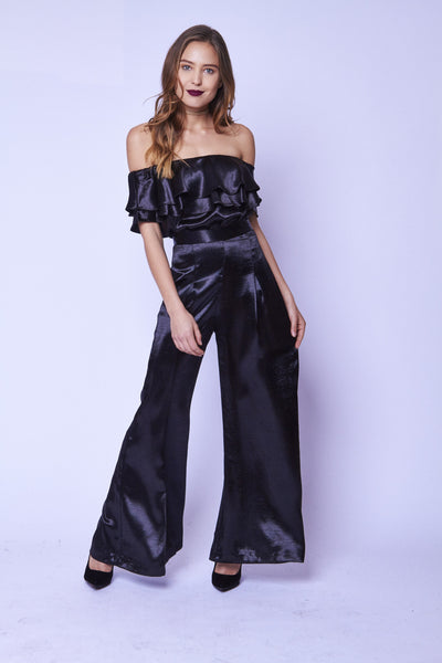 OFF THE SHOULDER SATIN TOP - SHOP MĒKO