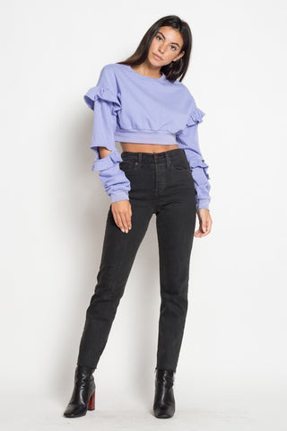 RUFFLE CROPPED SWEATSHIRT