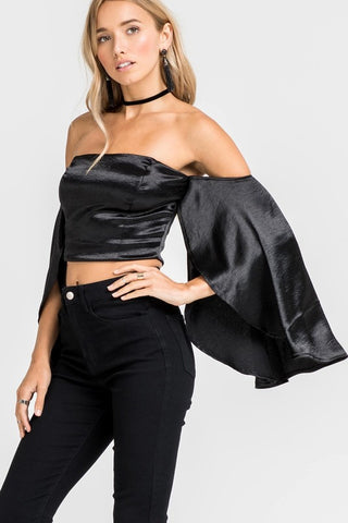 EXTREME BELL SLEEVE TOP