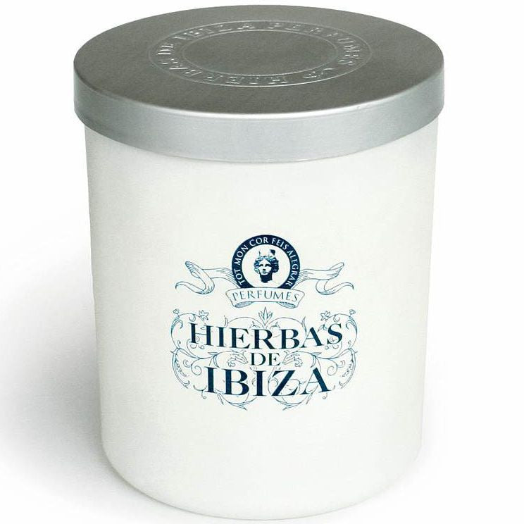 Hierbas de Ibiza Candle (6.7 oz) with lid on
