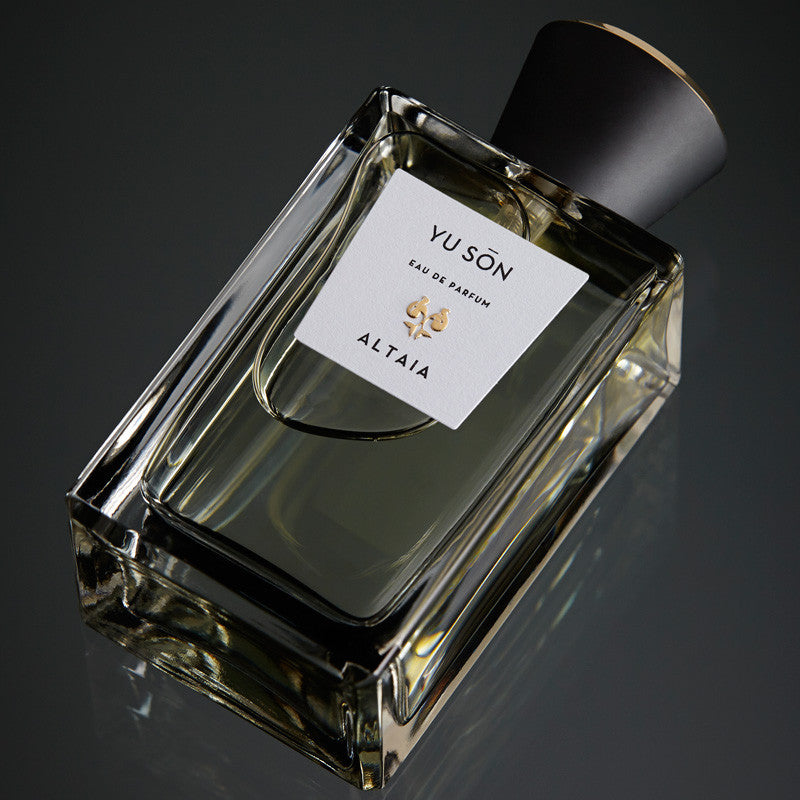 ALTAIA Yu Son Eau de Parfum laying down