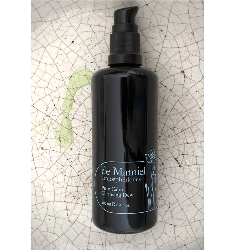de Mamiel Pure Calm Cleansing Dew beauty shot