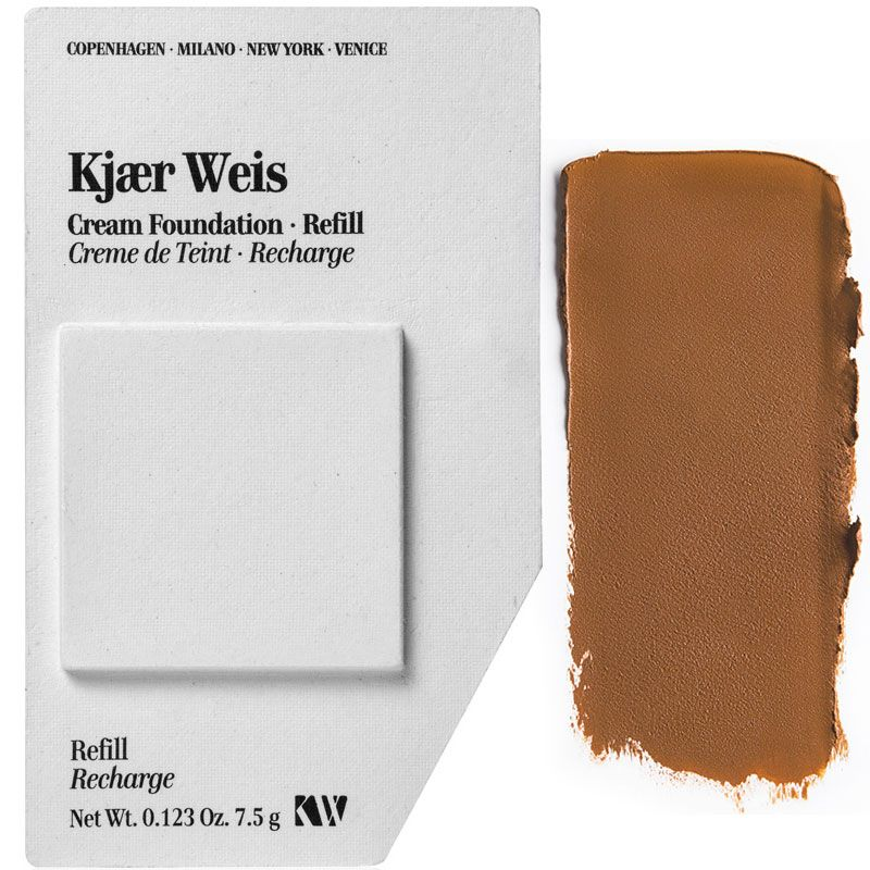 Kjaer Weis Cream Foundation Refill - Delicate (7.5 g) with color smear
