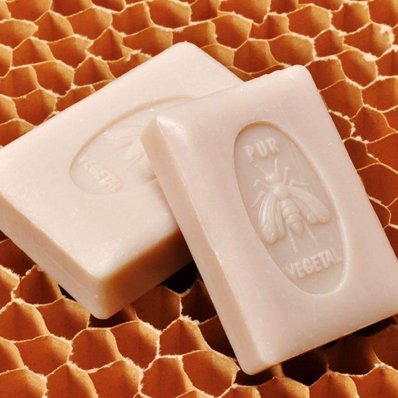 La Lavande Extra Fragrant Honey Soap (100 g) On Honeycomb