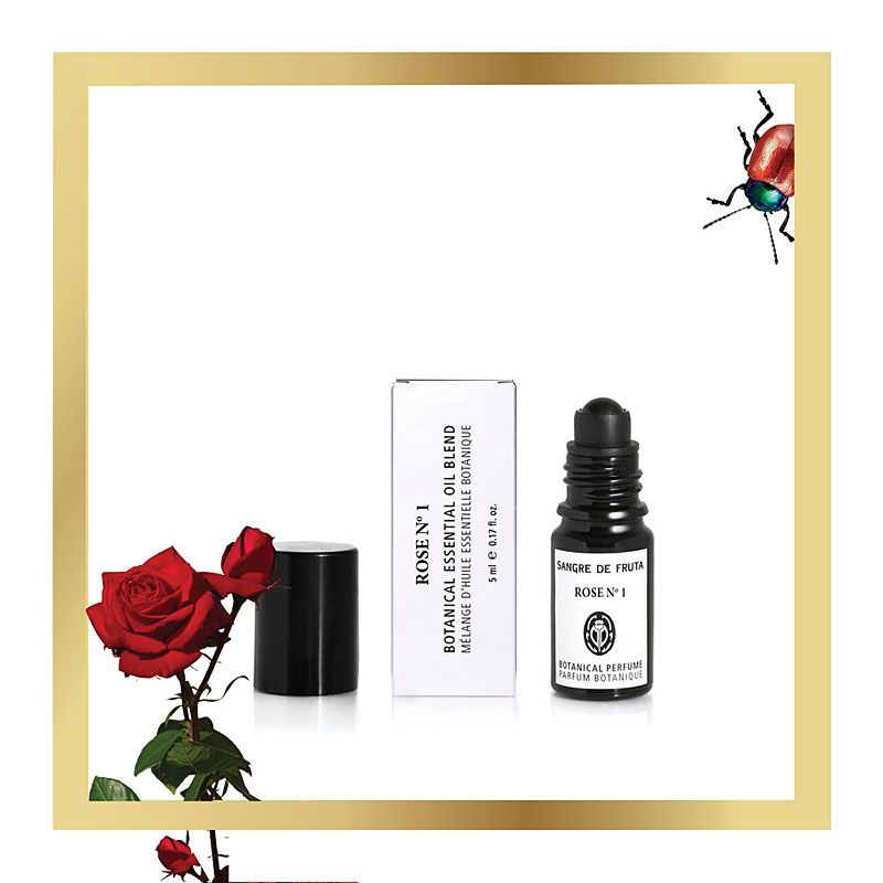 angre de Fruta Essential Oil Blend Perfume - Rose No. 1 (5 ml) Lifestyle Shot