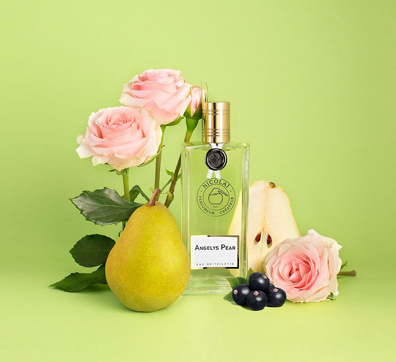 Parfums de Nicolai Angelys Pear Eau de Toilette Beauty shot with ingredients