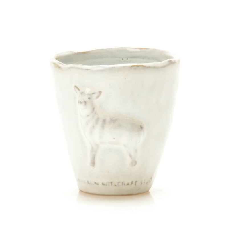 Yarnnakaran Ceramics Sheep Vase Stained White (1 pc)
