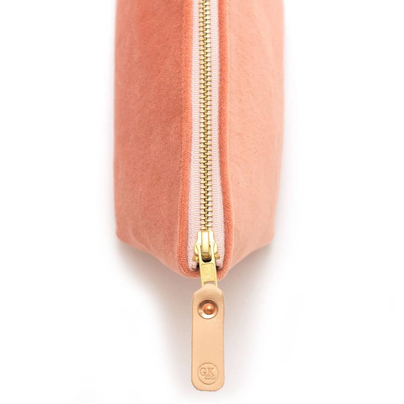 General Knot & Co. Cameo Velvet Travel Clutch zipper close-up