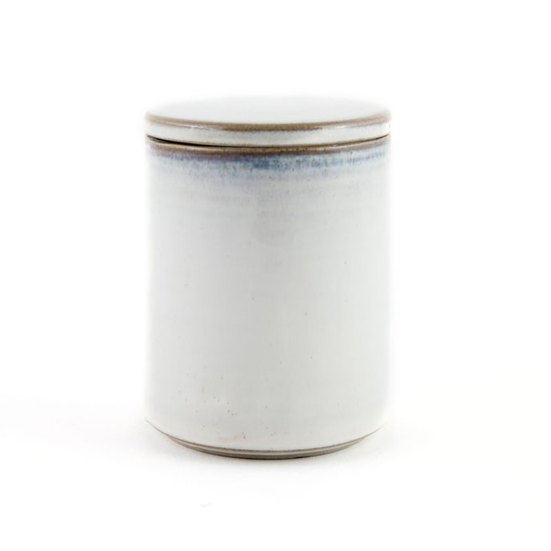 Yarnnakaran Ceramics Rustic Mini Jar covered with lid