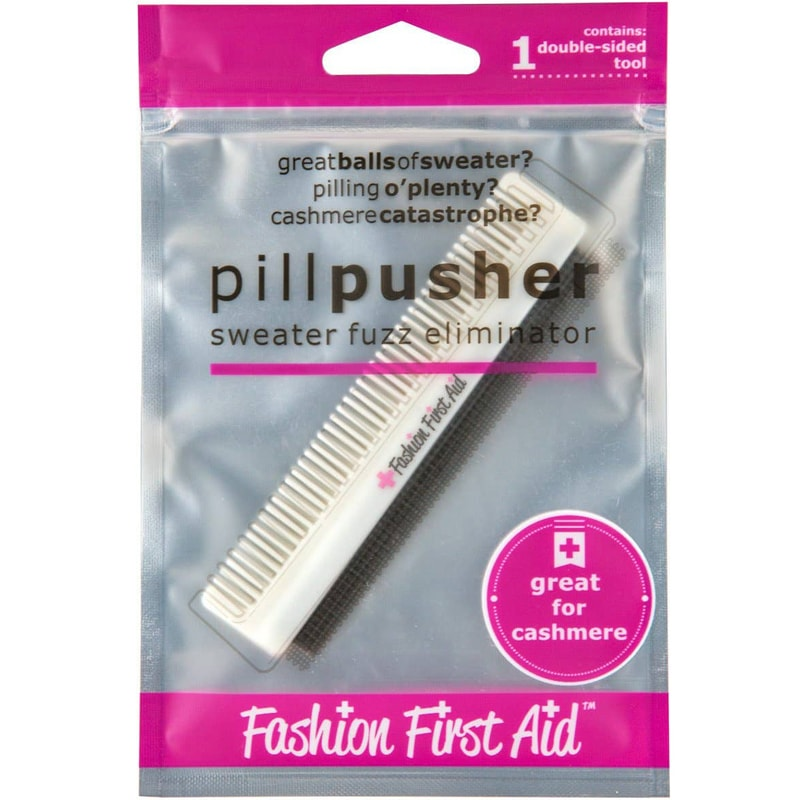 Fashion First Aid Pill Pusher Cashmere & Wool Sweater Fuzz Ball Pilling Comb in packaging