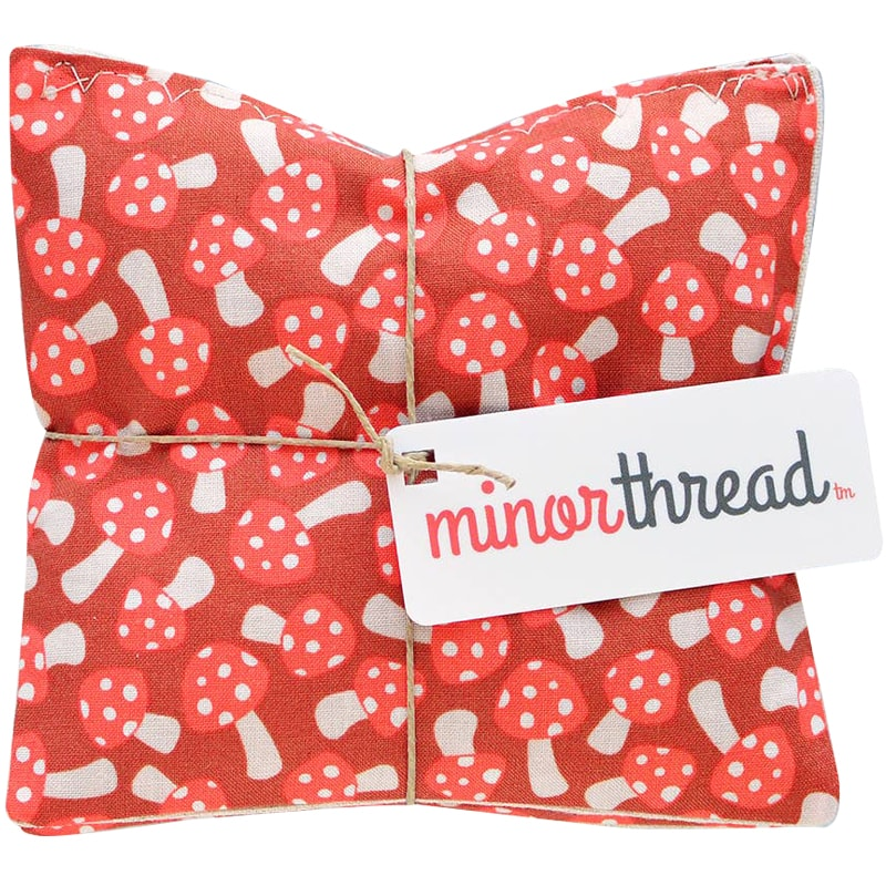 Minor Thread Lavender Sachets in Red Mushrooms (2 pcs)