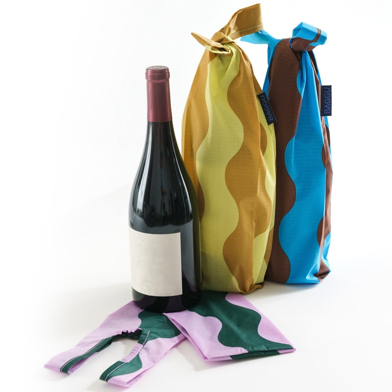 Baggu Wine Baggu Set of 3 - Wavy Stripes pictured with wine bottle outside and closed inside (wine not included)