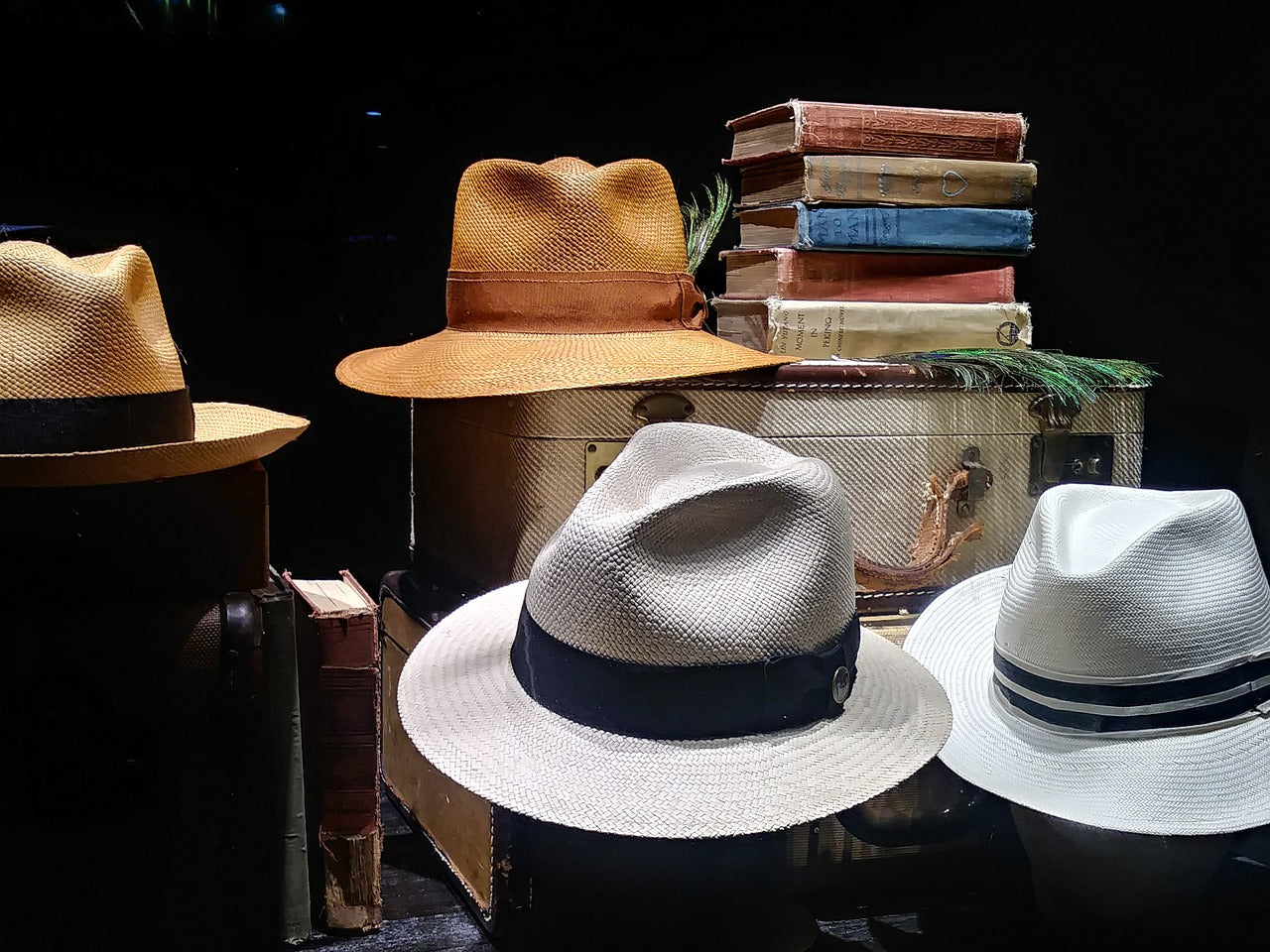 Fedora vs Panama Hats - What is the difference?