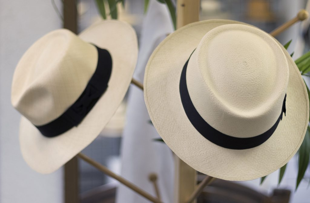 Hat rack - how to store hat at home?