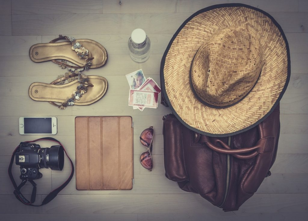 travel_accessories-hat