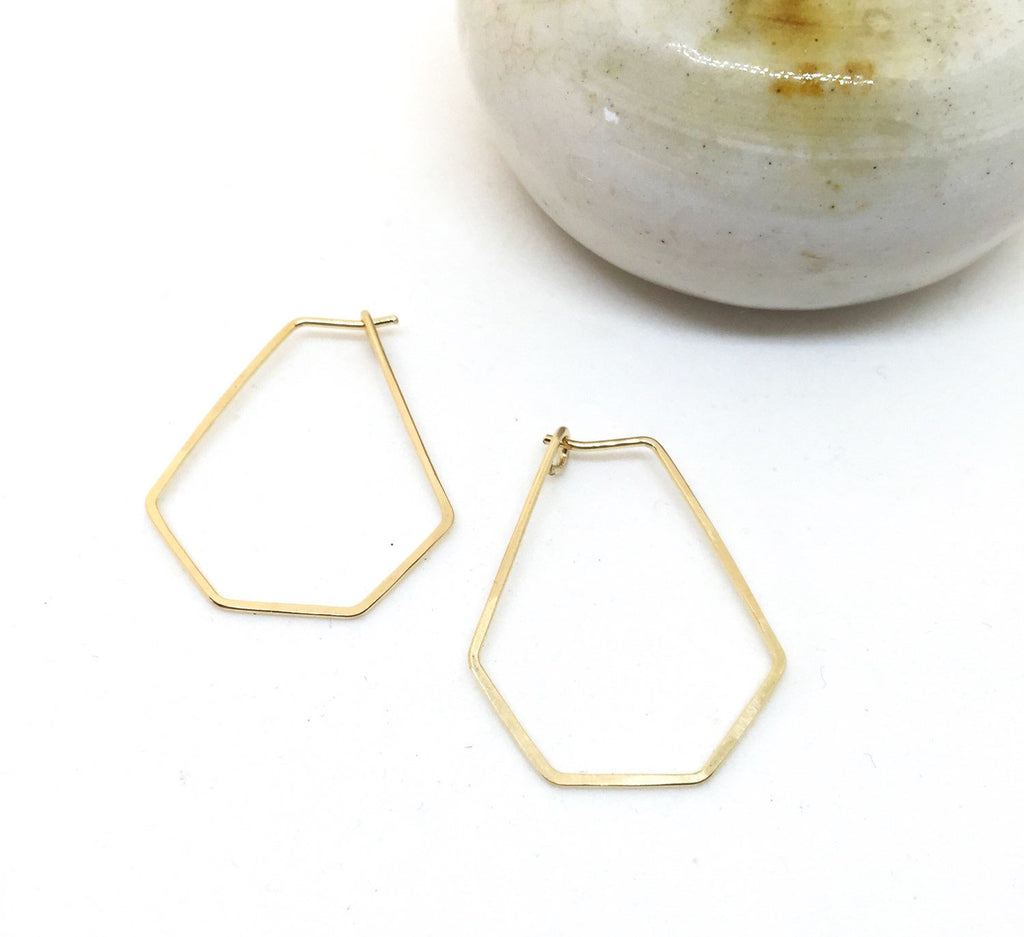 Tiny Geometric Hoops