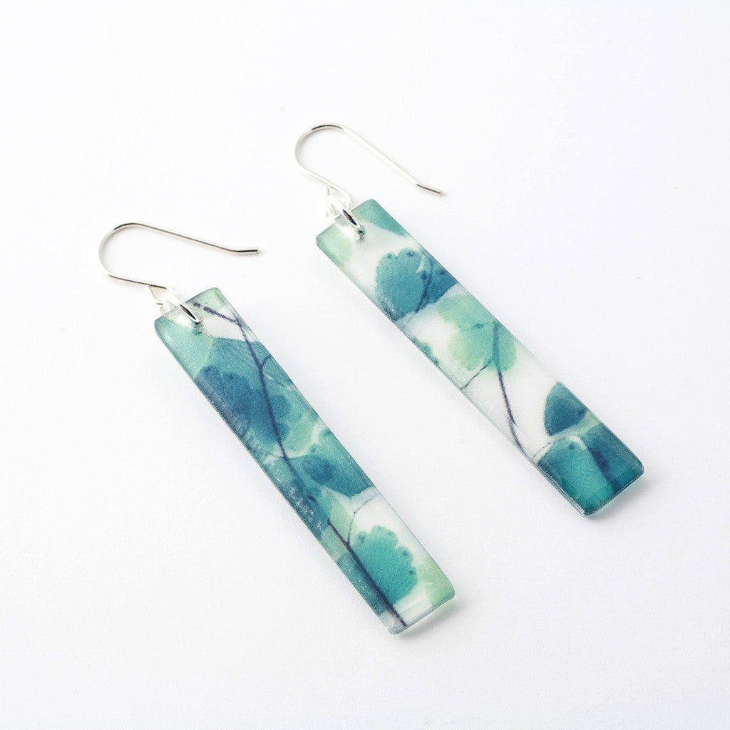 earrings beach seaglass mountain resin seafoam wet finish
