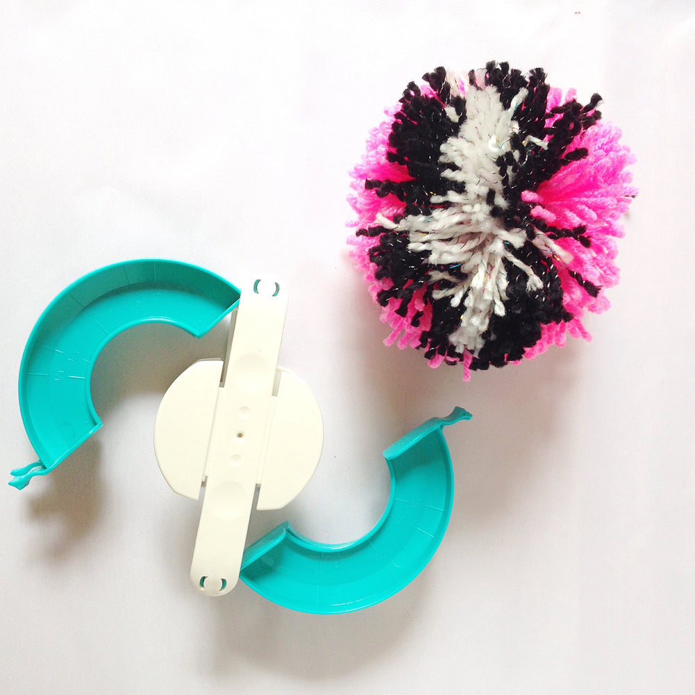Pom Pom Maker Sets