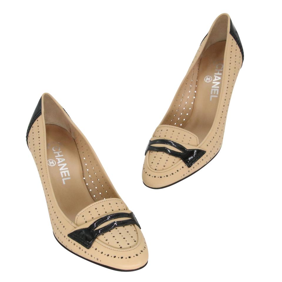 Chanel Beige Black Patent Leather Cc Perforated Loafer Moccasin 36.5 Pumps