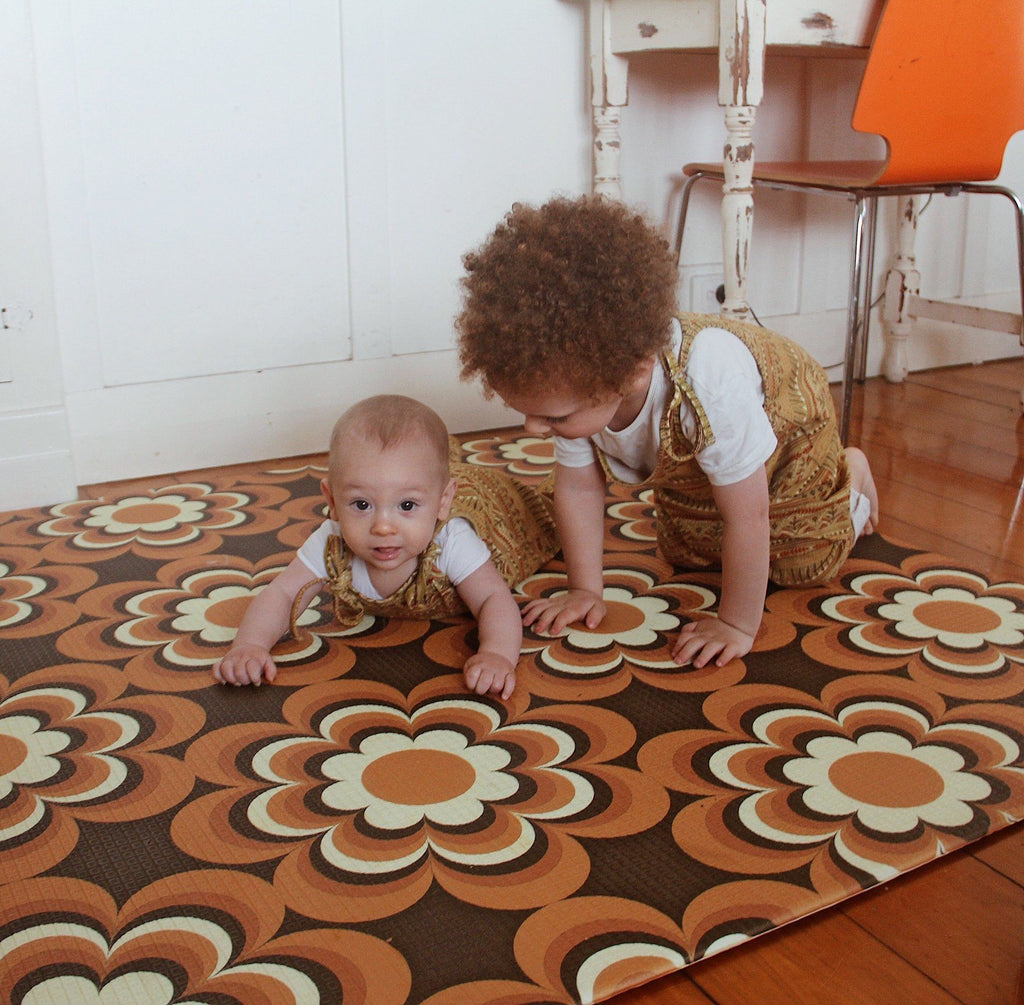 7 Very Actionable Ways to Help your Baby Crawl