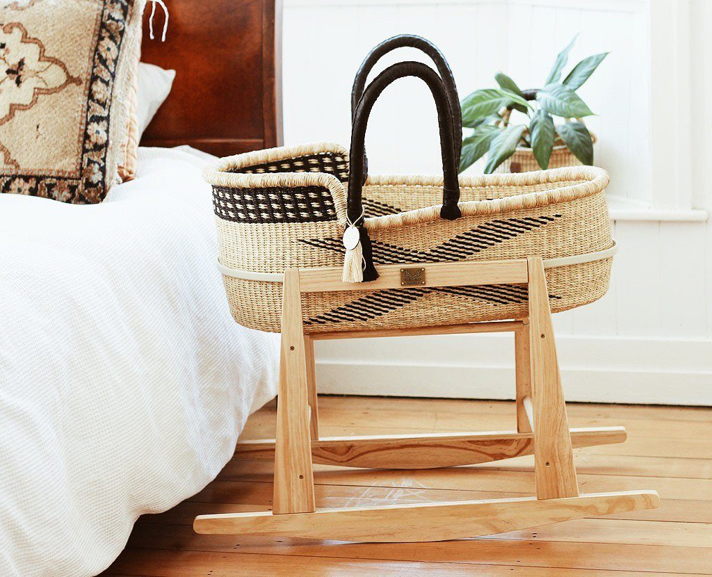 Black and natural moses basket