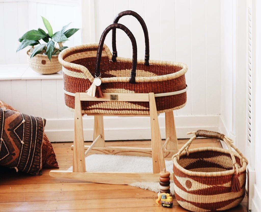 'Congo' (Brown) Moses Basket  - (mattress included)