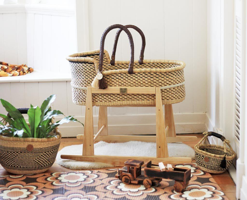 'Dusty Trail' Moses Basket - (mattress included)