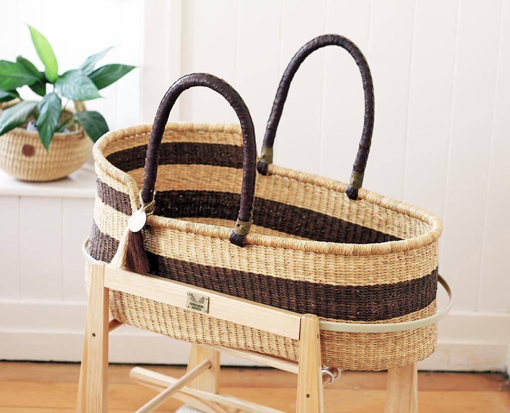 'Nullarbor Plain' Moses Basket  - (mattress included)