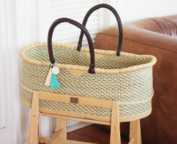 'Sky' FT Moses Basket - (mattress included)