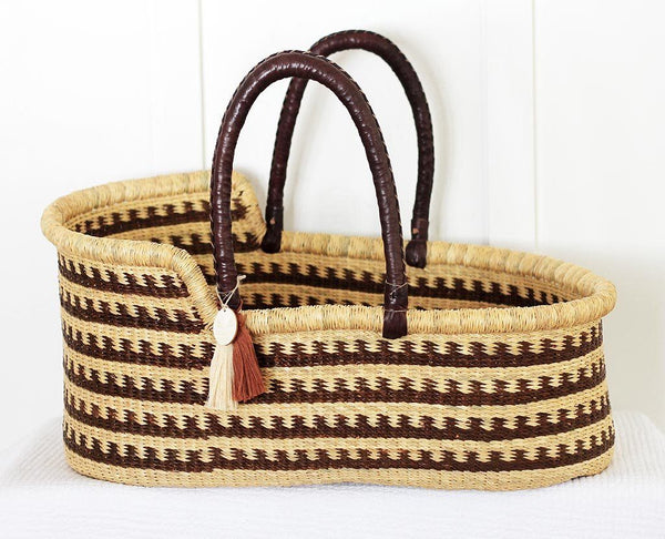 'Canyon' Moses Basket  - (mattress included)