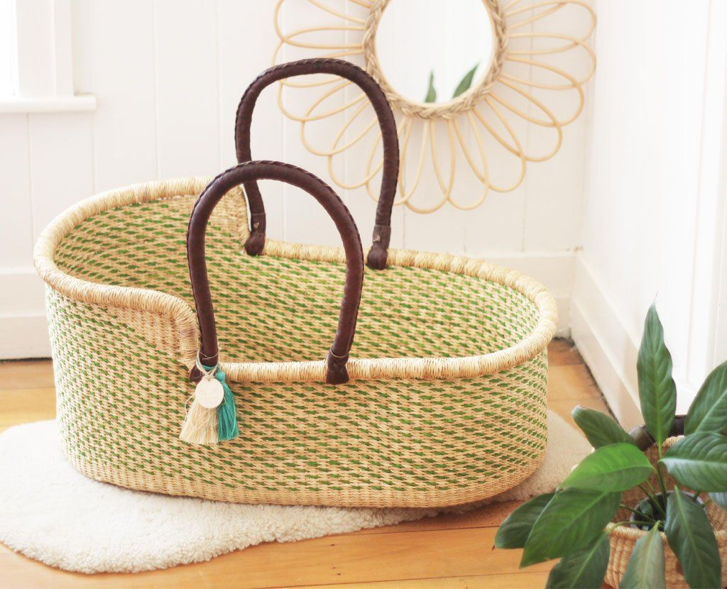 'Evergreen' Moses Basket  - (mattress included)