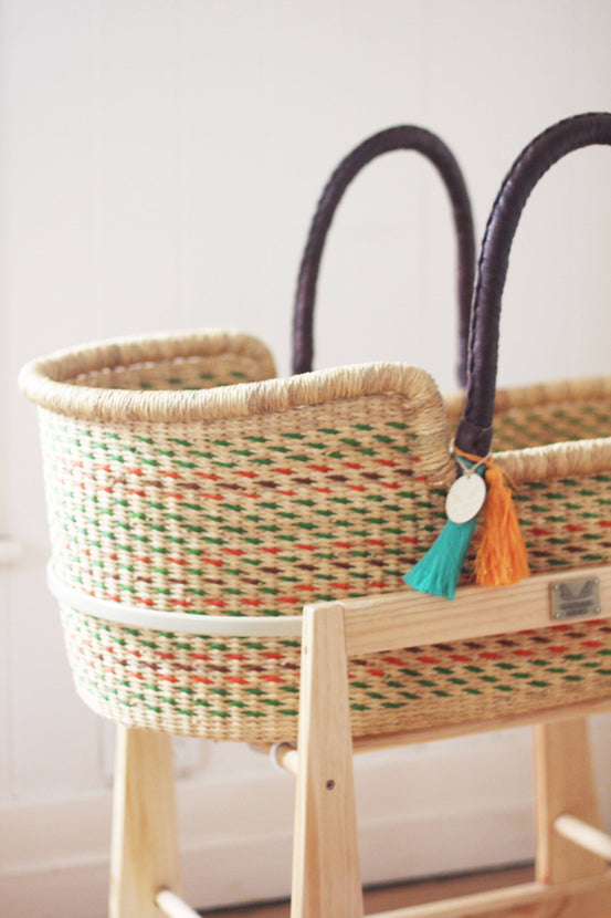 'Inikha' FT Moses Basket  - (mattress included)