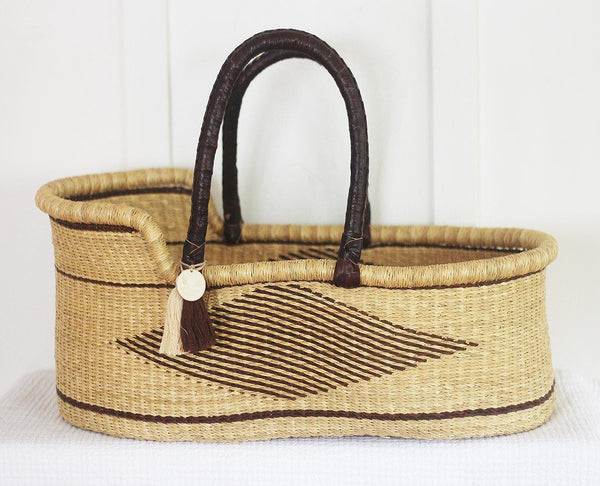 'Norfolk' Moses Basket  - (mattress included)