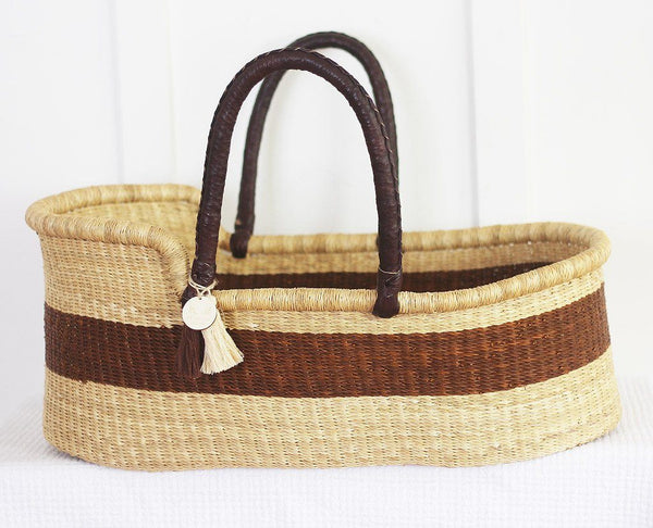 'Outback' Moses Basket  - (mattress included)