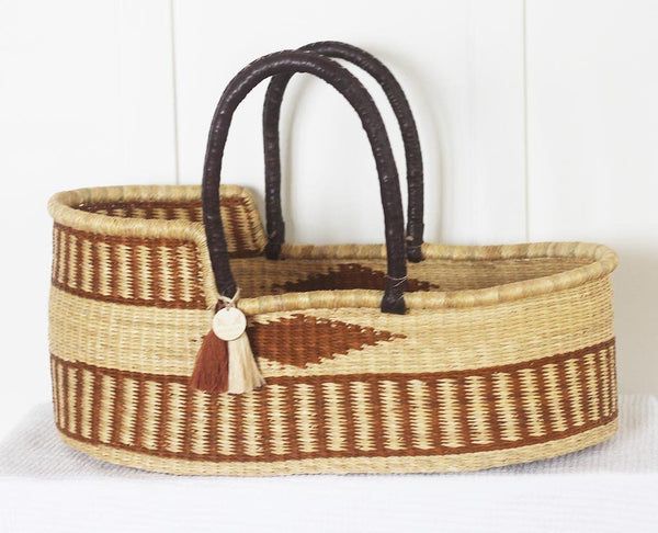 'Henna' Moses Basket  - (mattress included)