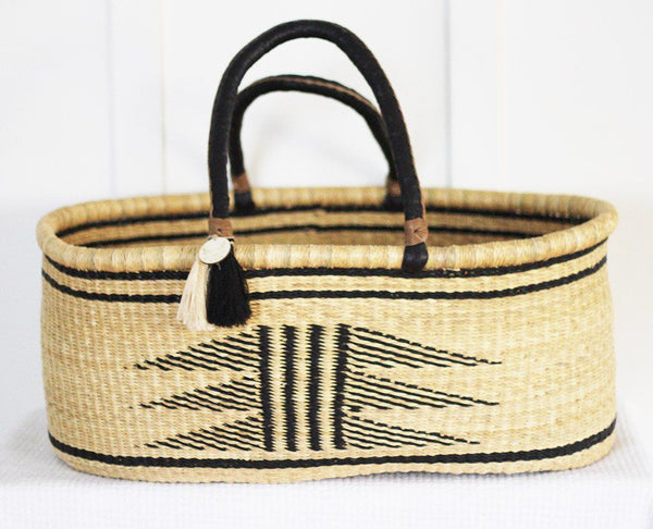 'Folktown FT' Moses Basket  - (mattress included)