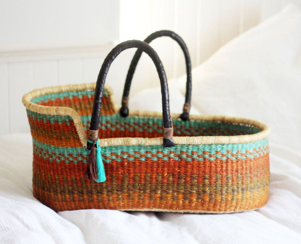 'Turquoise Wren' Moses Basket  - (mattress included)