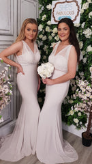 Alice Ivory V Neck Fitted Bridesmaids Dress