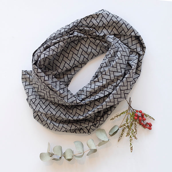 EDITION- Cross Hatch Scarf