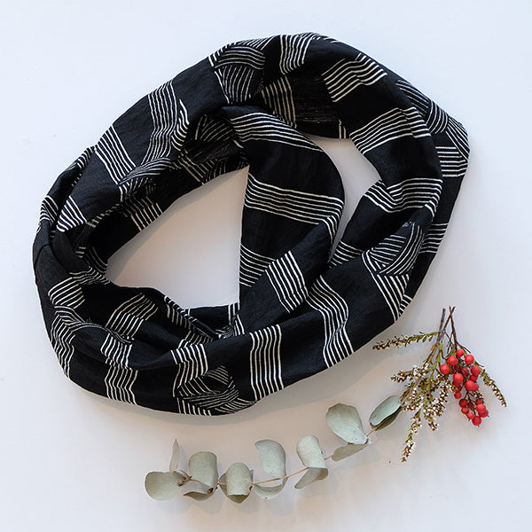 EDITION- Knot Scarf