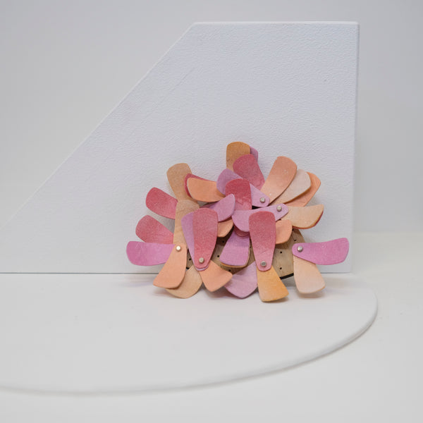 Colour Blend Brooch: Triangular (Pink)