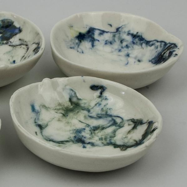 Tide condiment dishes