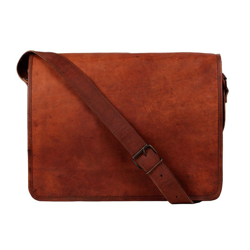 "Men - Bags - Crossbody - Andrew 13"" Messenger Bag"