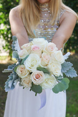 Sweetheart DIY wedding flowers bridal bouquet forward