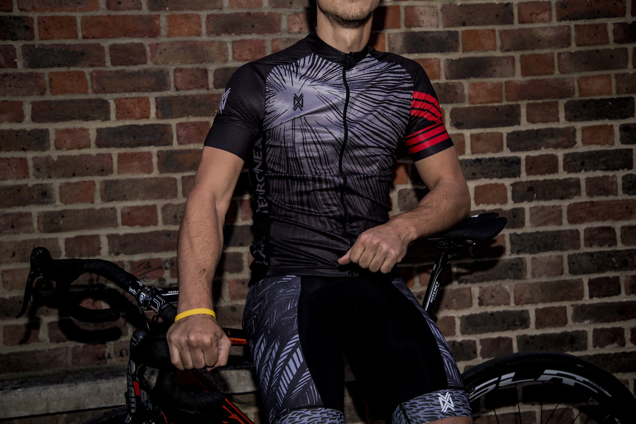 NVAYRK X KRAKEN Cycling Kit