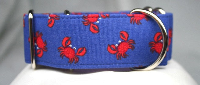 Crabby Attitude on Navy Collar