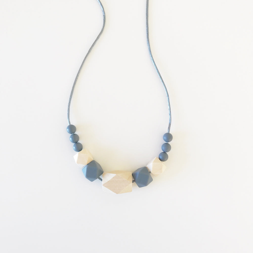 Grey Ziggy Necklace